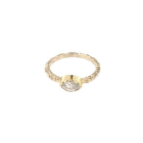 """Grazia castone Diamante<BR/><span class=""""disponibile"""">disponibile nel negozio<BR/>di Milano corso Garibaldi</span>"""