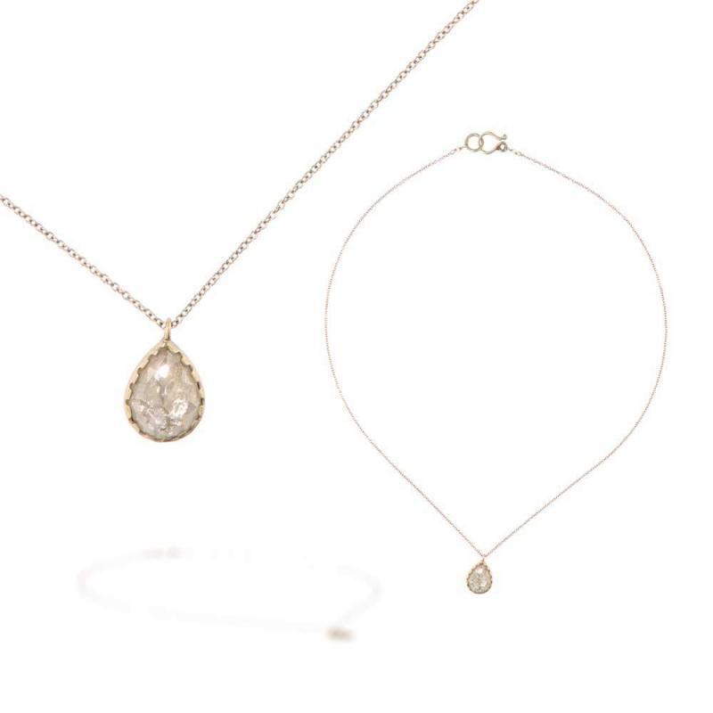 """Goccia di Diamante incastonata<BR/><span class=""""disponibile"""">disponibile nel negozio<BR/>di Lecco</span>"""