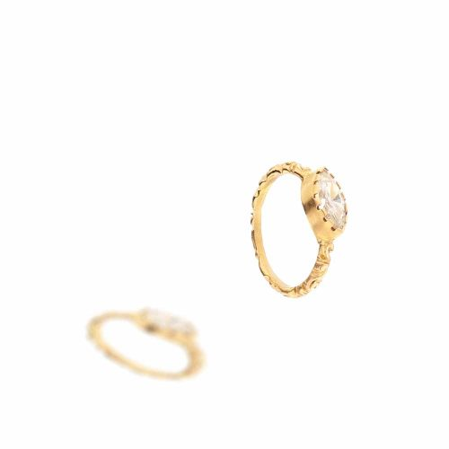 """Grazia castone Diamante <BR/><span class=""""disponibile"""">disponibile nel negozio <BR/>di Lecco</span>"""